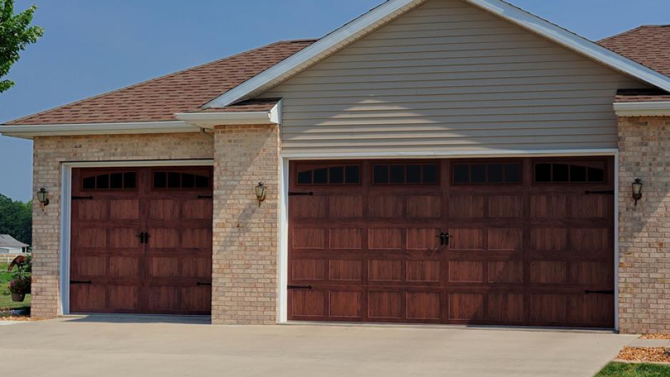 Carriage Style Door Kims Overhead Garage Doors